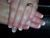 Me - CND White & Clear Sculpted